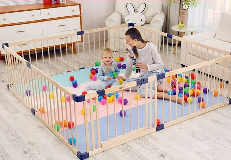 3-IMP HOUSE JollyBaby Wooden Playpen